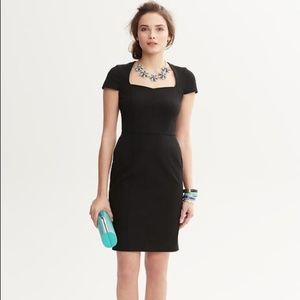 Banana Republic Sweetheart Neckline Sheath Dress